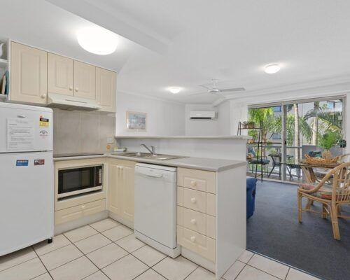 sunshine-coast-1-bedroom-apartment (7)