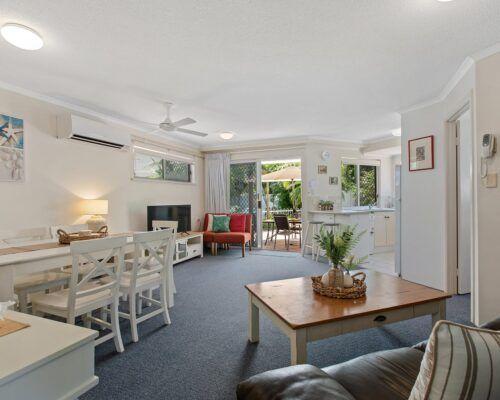 sunshine-coast-2-bedroom-2-bath-apartment-(9)